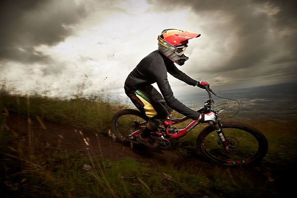 Picture for category Downhill Mountain Biking